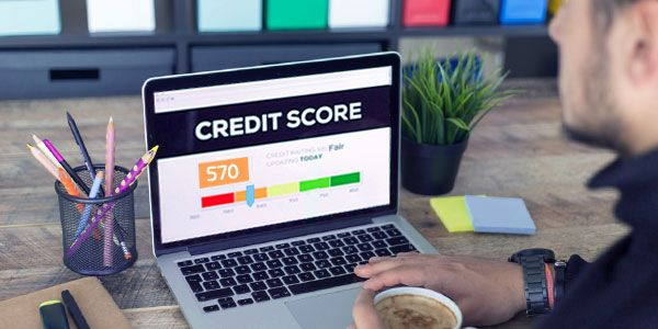 Does your credit score drop for deferring student loans?