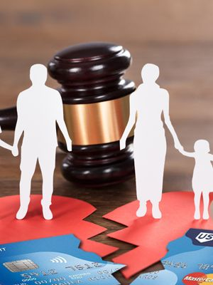 Close Your Joint Credit Cards Before Divorce