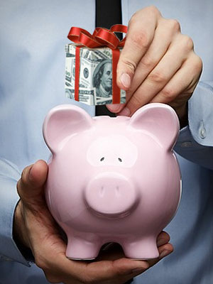 Wish to be a top-notch saver? Dump 50% of your pay hike into the saving account