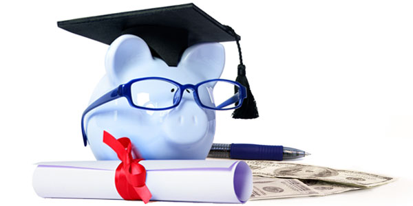 5 Effective ways to manage paying for grad school